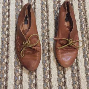 BDG brown dress shoes